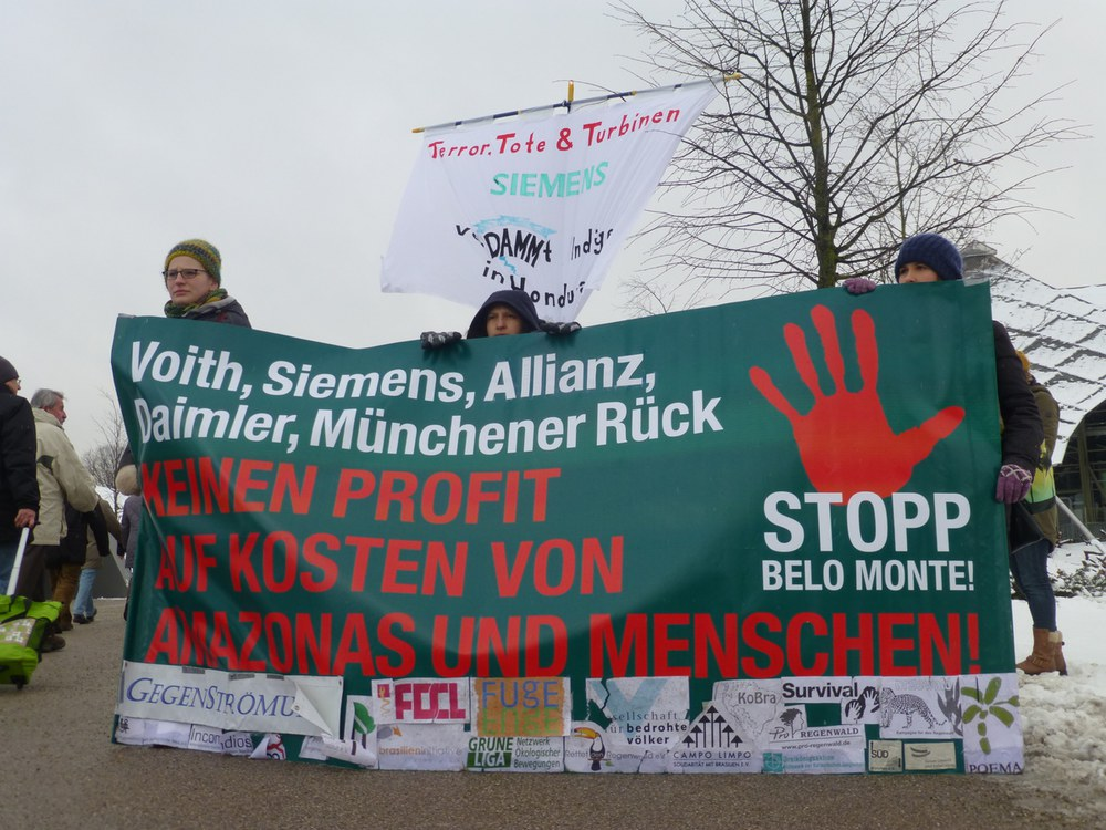 Siemens: Profite vor Menschenrechten – Proteste und Gegenreden auf der Siemens Hauptversammlung 2015