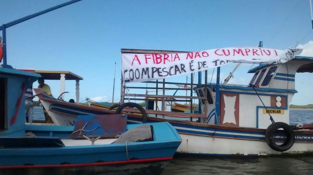 Kleinfischerei und die Folgen der Papierproduktion im Südbahia-Brasilien