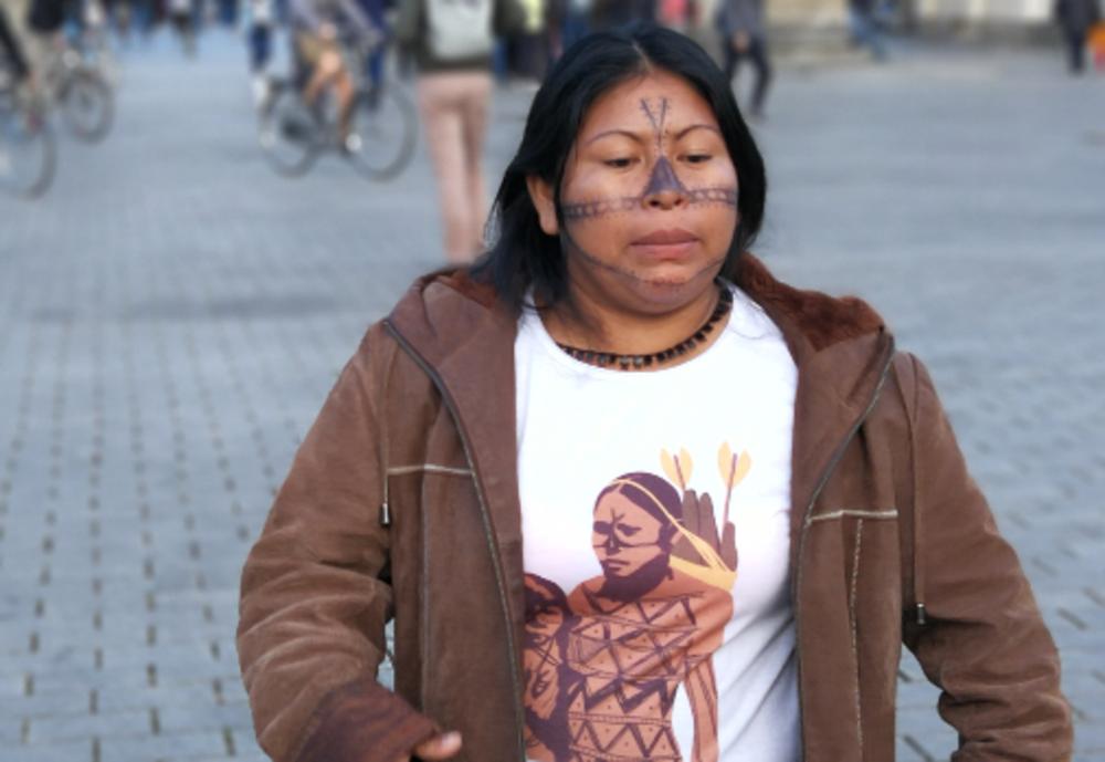 Morddrohungen und Einschüchterungsversuche gegen indigene Menschenrechtsaktivistin in Santarém