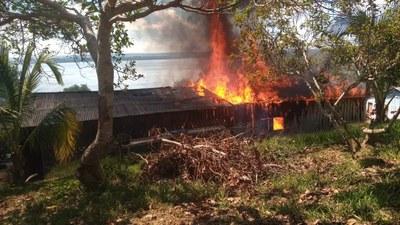 Notfallkommuniqué der Widerstandsorganisationen des Volkes der Munduruku