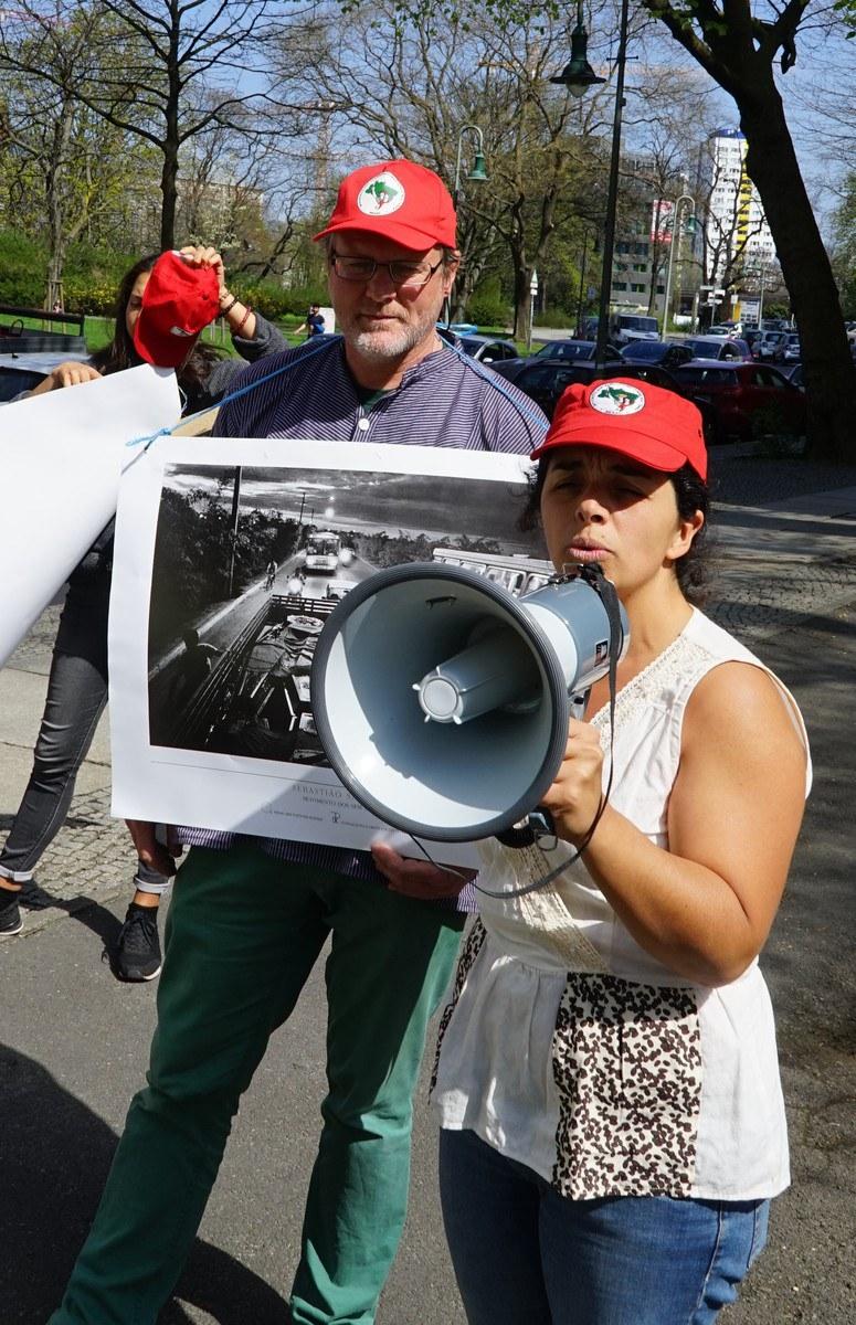 Protestaktion vor der brasilianischen Botschaft