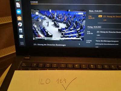 Nach über 30 Jahren geschafft: Der Deutsche Bundestag ratifiziert die ILO 169