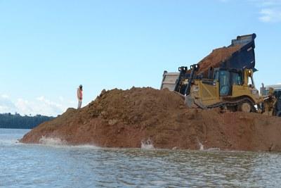 Tausende Arbeiter legen Baustelle des Belo-Monte-Staudamms lahm