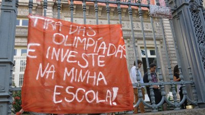 """""""Nehmt Geld von Olympia und investiert es in meine Schule!"""""""