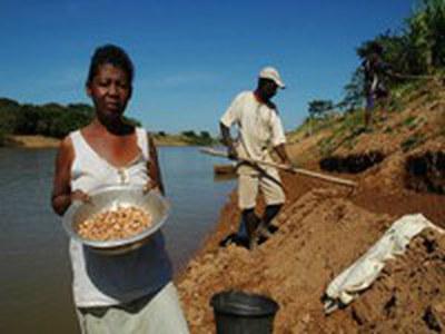 [pt] A nova e a antiga diversidade: Povos e comunidades tradicionais no Brasil