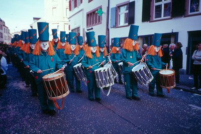 [pt] Entre Carnaval e Fasnacht
